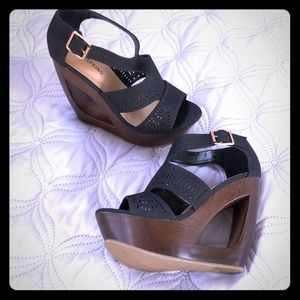 Never Worn! Black/Brown Wedge Shoes!
